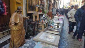 Mercadillo del Jueves en la calle Feria de Sevilla
